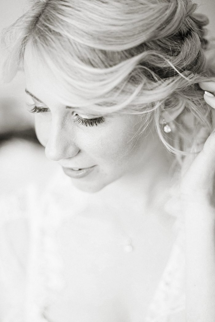 Fine Art Wedding Photography Beautiful Country Wedding little moments getting ready